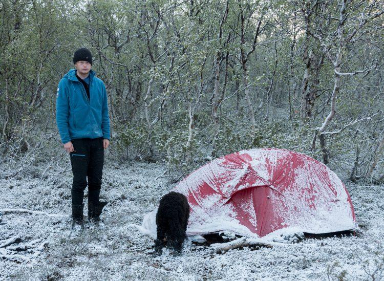 Snøvær i juni fjellet i Hyllingdalen