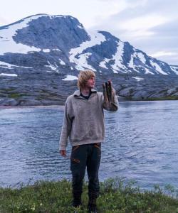 Jeg med ny fiska røyer tatt i Gihtsejåhkka